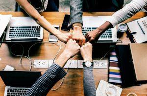 equipo de marketing y seo para empresas en promoción